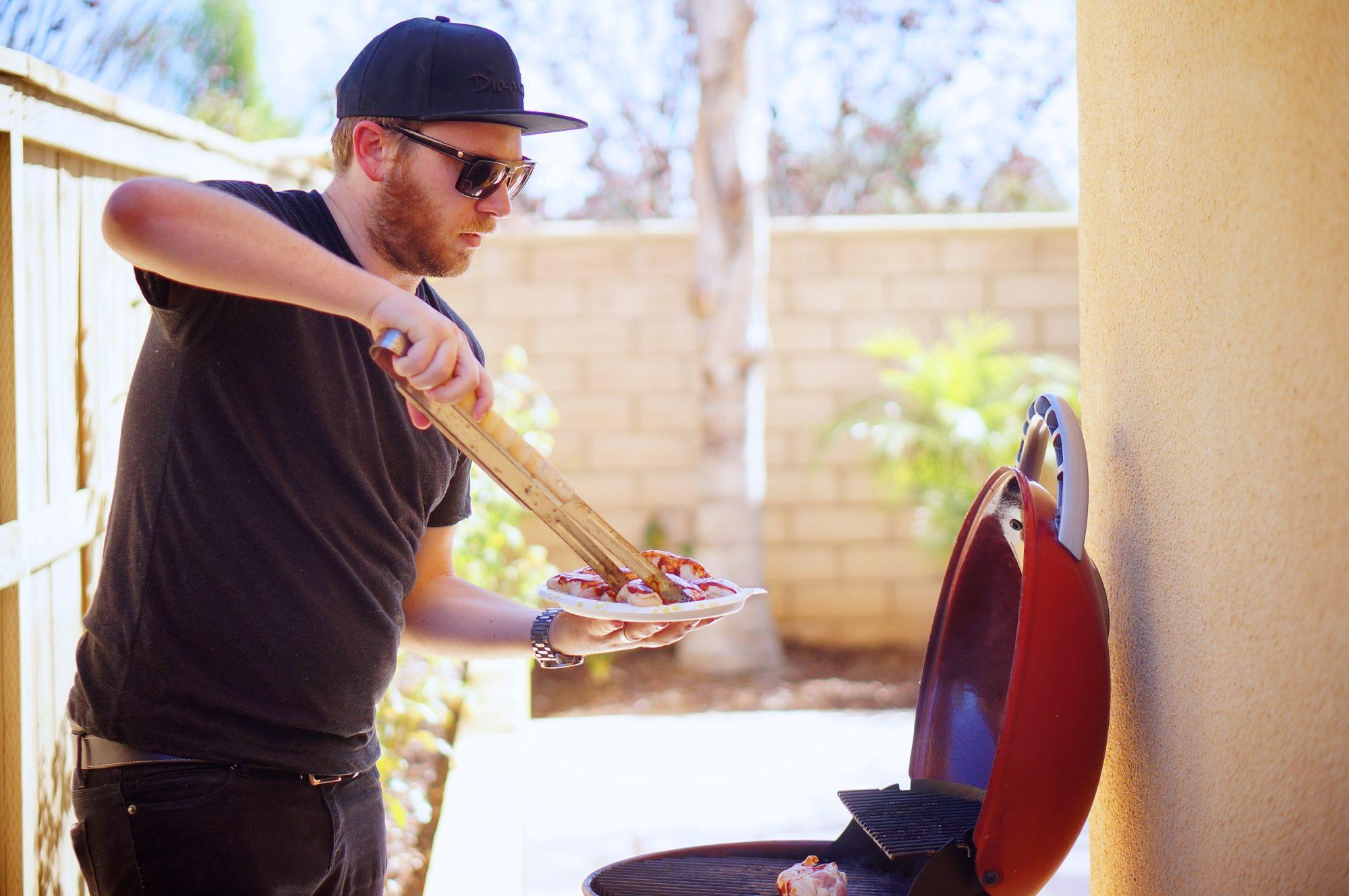 Grilled BBQ Chicken Pizza - TheFebruaryFox.com
