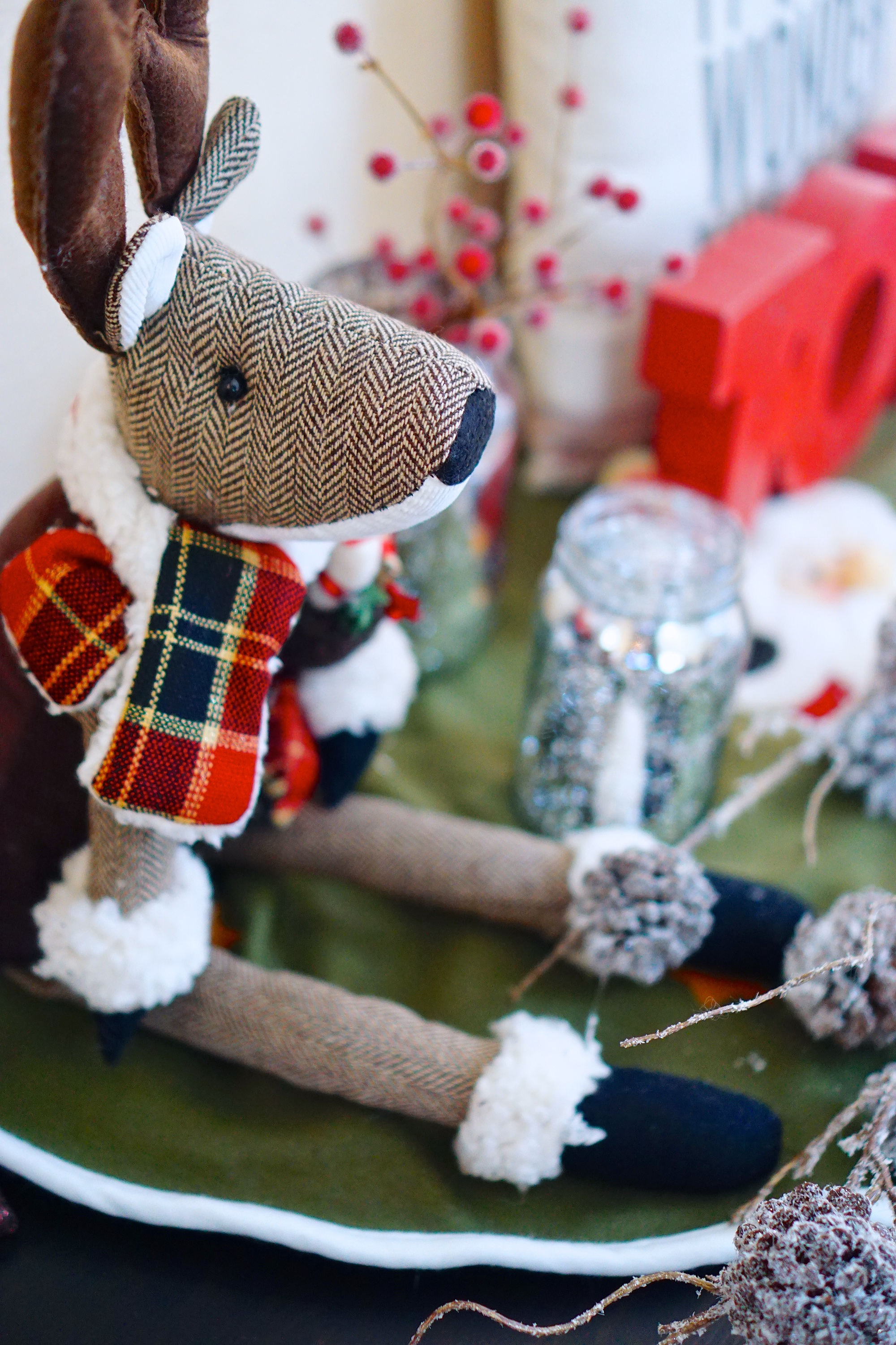 Christmas Decor - TheFebruaryFox.com