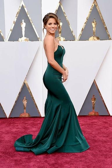 Stephanie Bauer 2016 Oscars - TheFebruaryFox.com